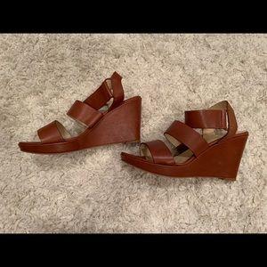 Vegan leather summer wedge sandal - like new!